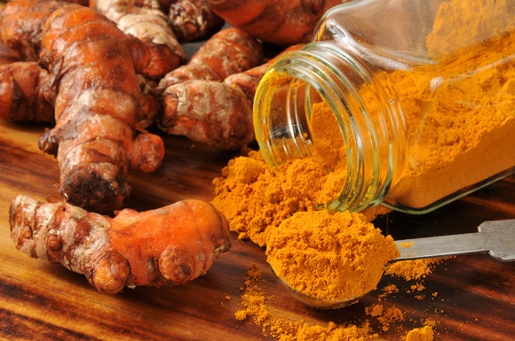 7 Health Benefits of Haldi Powder